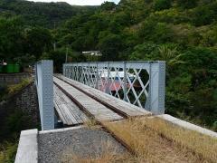 Infrastructures ferroviaires -  pont restauré en 2009 (coté Ouest)