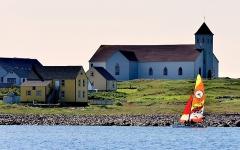 Eglise Notre-Dame-des-Marins, située sur l'Ile-aux-Marins - English: l'Eglise Notre Dame des Marins, monument classé sur l'île aux Marins
