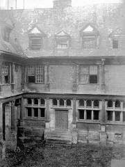 Hôtel de Mauroy -