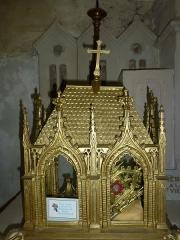 Eglise - English:   Église Saint-Rémi d\'Aouste (département des Ardennes, France), reliquaire Ste Philomène.