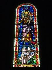 Basilique Notre-Dame de l'Espérance - Français:   Église Saint-Remi de Charleville-Mézières (Ardennes, France), vitrail: Notre-Dame-d\'Espérance
