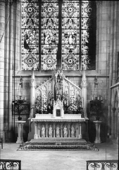 Eglise Saint-Loup -  St. Loup, Chalons, France, 1907. Series 1907. Chalons; St. Loup window, right aisle as rebuilt; Goodyear neg. 137. Brooklyn Museum Archives, Goodyear Archival Collection (S03_06_01_006 image 1828).  Help us map this image by using Suggestify to suggest a location for it.