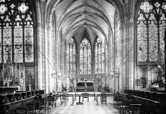 Eglise Saint-Loup -  St. Loup, Chalons, France, 1907. Series 1907. Chalons; St. Loup nave at choir; Goodyear neg. 131. Brooklyn Museum Archives, Goodyear Archival Collection (S03_06_01_006 image 1829).  Help us map this image by using Suggestify to suggest a location for it.
