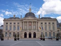 Hôtel de ville - English: Town Hall of Châlons-en-Champagne (Marne region, France)