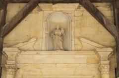 Eglise de la Nativité de la Vierge - Deutsch: Katholische Kirche Notre-Dame-de-la-Nativité in Sermaize-les-Bains im Département Marne in der Region Grand Est/Frankreich, Madonna mit Kind