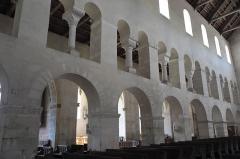 Eglise - Deutsch: Kirche Saint-Étienne in Vignory im Département Haute-Marne (Champagne-Ardenne/Frankreich), Mittelschiff
