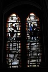 Eglise Saint-Pierre-Saint-Paul - Deutsch: atholische Kirche Saint-Pierre-Saint-Paul in Chennevières-sur-Marne im Département Val-de-Marne (Île-de-France/Frankreich), Bleiglasfenster; Darstellung: Apostel Petrus und Paulus