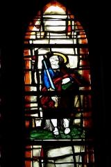 Eglise Saint-Pierre-Saint-Paul - Deutsch: atholische Kirche Saint-Pierre-Saint-Paul in Chennevières-sur-Marne im Département Val-de-Marne (Île-de-France/Frankreich), Bleiglasfenster; Darstellung: Apostel Paulus