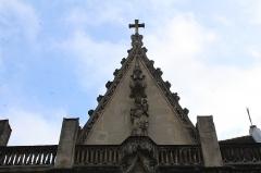 Eglise Saint-Saturnin - Français:   Église Saint-Saturnin à Nogent-sur-Marne.