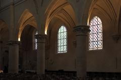 Eglise Saint-Cyr-Sainte-Julitte - Deutsch: Katholische Pfarrkirche Saint-Cyr-Sainte-Julitte in Villejuif im Département Val-de-Marne (Île-de-France/Frankreich), linkes Seitenschiff