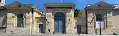 Ancienne abbaye Saint-Denis, actuellement maison d'éducation de la Légion d'Honneur - Français:   Maison de la Légion d\'Honneur, Saint-Denis, Seine-Saint-Denis.