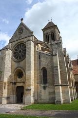 Eglise Notre-Dame de l'Assomption - Deutsch: Katholische Kirche Notre-Dame-de-l'Assomption in Champagne-sur-Oise (Département Val-d'Oise) in der Region Île-de-France (Frankreich), Westfassade