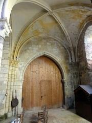 Eglise Saint-Pierre-ès-Liens -  Intérieur de l'église (voir titre).