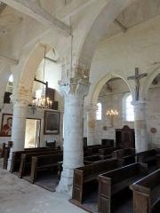Eglise Saint-Clair - Français:   Bas-côté sud, vue diagonale vers le nord-ouest.