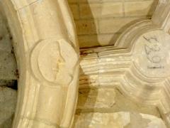 Eglise Saint-Clair - Français:   Détail de la voûte de la base du clocher.