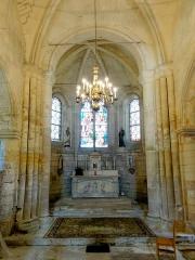 Eglise Saint-Clair - Français:   Base du clocher, vue vers l\'est.
