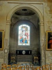 Eglise Saint-Martin - Français:   Chapelle funéraire, vue depuis le transept.