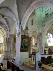 Eglise Notre-Dame -  Bas-côté nord, vue sur les piles du clocher.