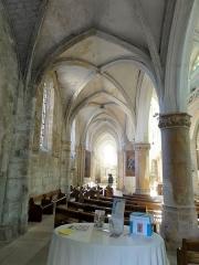 Eglise Notre-Dame -  Bas-côté nord, vue vers l\'est.