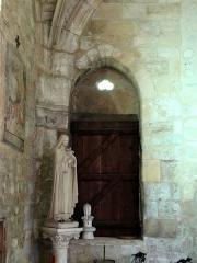 Eglise Notre-Dame -  Bas-côté sud, vue sur la porte occidentale.