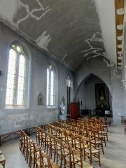 Eglise et chapelle funéraire - Français:   Bas-côté nord, vue vers l\'est.
