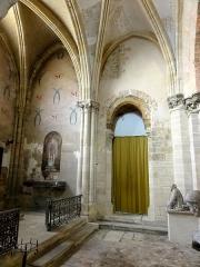 Eglise Saint-Clair - Français:   Chapelle Saint-Clair et croisillon nord, côté est.