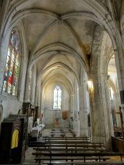 Eglise Saint-Clair - Français:   Collatéral sud, vue vers l\'ouest.