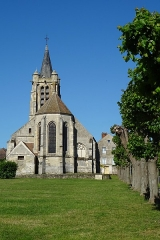Eglise - Vue depuis le nord-est.