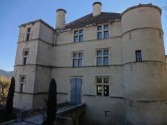 Château -  Façade nord du château de Château-Arnoux (qui abrite la mairie).