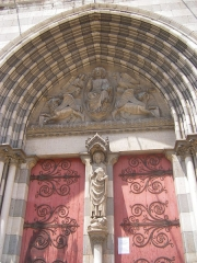 Cathédrale Saint-Jérôme -  Digne - portal of the cathedral