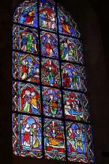 Cathédrale Saint-Jérôme - Deutsch: Bleiglasfenster in der Kathedrale Saint-Jérome in Digne-les-Bains, Darstellung: Szenen aus dem Leben Marias