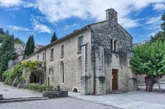 Couvent des Cordeliers (restes de l'ancien) - Français:   Forcalquier - Couvent des Cordeliers - Chapelle