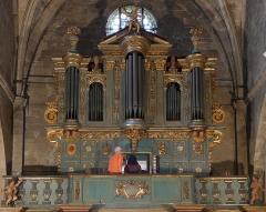 Eglise Saint-Sauveur - Français:   De l\'orgue des frères Meissonnier de 1625 ne subsiste que le buffet édifié et sculpté par Esprit Meissonnier
