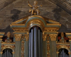 Eglise Saint-Sauveur - Français:   Classé monument historique, il fut restauré en 1977 par Alain Sals