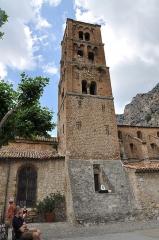 Eglise - Français:   Notre-Dame de l\'Assomption à Moustiers-Sainte-Marie
