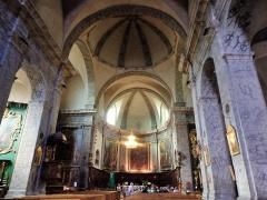 Eglise paroissiale Notre-Dame, Saint-Nicolas (ancienne collégiale) - Français:   Briançon Cité Vauban Intérieur de la Collégiale