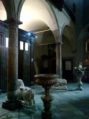 Eglise paroissiale Notre-Dame, Saint-Nicolas (ancienne collégiale) -  Hautes Alpes Briancon Collegiale Narthex