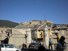 Anciennes fortifications de la Ville Haute - Italiano: il castello è una fortezza costruita dal generale veauban su un monte che domina la cittadina di briançon