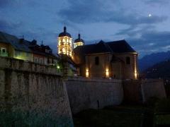 Anciennes fortifications de la Ville Haute -  Hautes Alpes Briancon Porte Dauphine Vue Collegiale 14072013