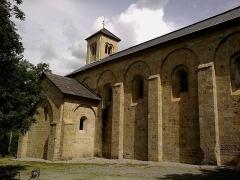 Ancienne abbaye de Boscodon -  Hautes-Alpes Abbaye Boscodon Eglise Cote Nord 13072014
