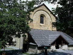 Ancienne abbaye de Boscodon -  Hautes-Alpes Abbaye Boscodon Eglise Porche 13072014