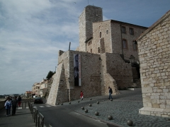 Château des Grimaldi, actuellement musée Picasso - English: Picasso Museum in Antibes 2011