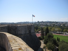 Fort-Carré - English: fort carré, antibes, france, from bastion nice looking at bastion france and french flag