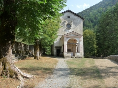 Chapelle Notre-Dame-des-Fontaines - Italiano: La chiesa di Notre Dame des Fontaines, vicino a Briga, in Val Roja, detta la Cappella Sistina delle Alpi, per gli splendidi affreschi all'interno.