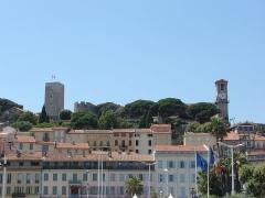 Tour du Suquet, chapelle Sainte-Anne et église Notre-Dame-de-l'Espérance -  Cannes, Provence-Alpes-Côte d'Azur, France