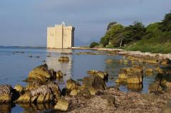 Château fort ou ancien monastère de Lérins - Deutsch: Insel Saint-Honorat frühmorgens