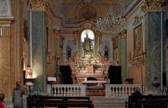 Eglise Notre-Dame de l'Assomption -  Inside the Church of Eze