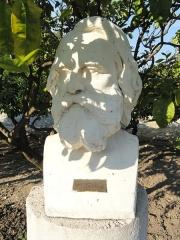 Propriété dite Le Palais Carnoles -  Bust of Henry Wadsworth Longfellow in the Jardin du Palais Carnolès, Menton, Alpes-Maritimes, France.