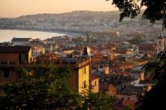 Caserne Rusca - Русский: Ницца, Франция. Вид на старый город