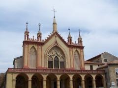 Monastère franciscain de Cimiez -  Façade de l'église de monastère franciscain de Cimiez, à Nice (Alpes-Maritimes, France)